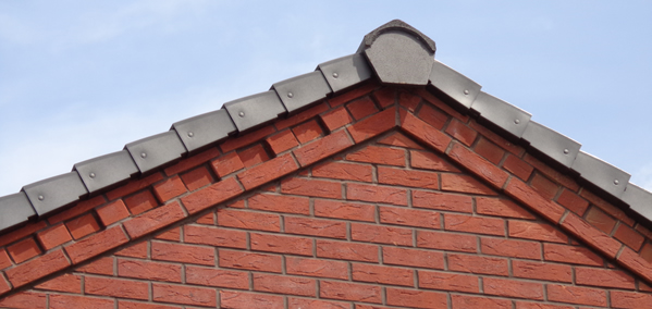 Dry-verge-and-ridge-system-on-roof